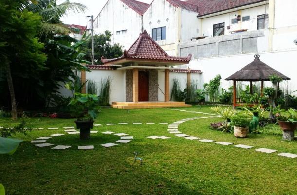 Wnd - garden1